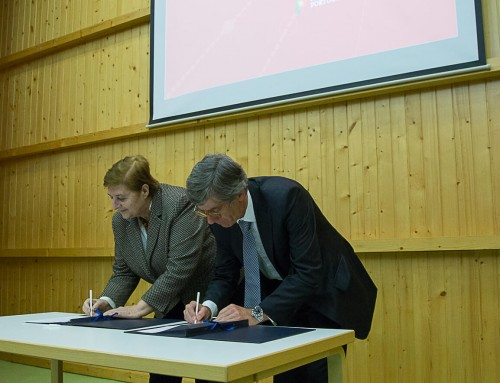 ForestWISE CoLAB memorandum signed at the Living Science Center for Forest